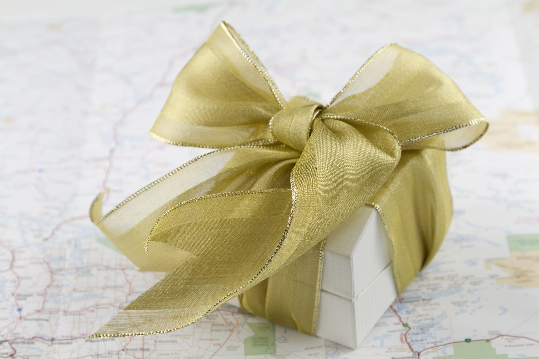 Tips-for-choosing-incentive-travel-gifts